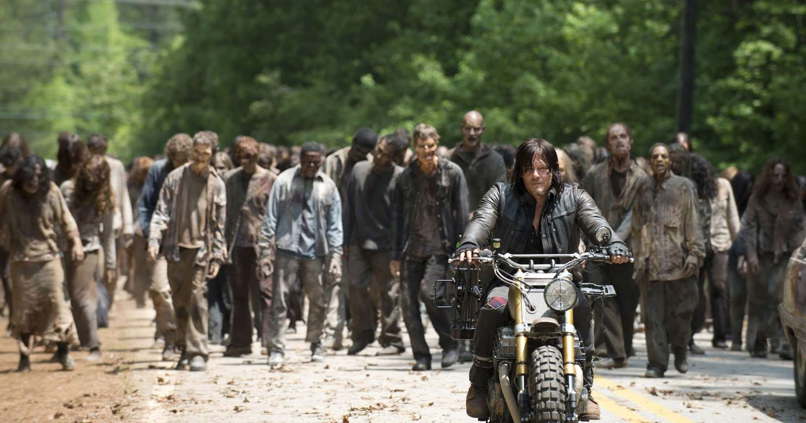 Pentagon Nurses Are Training For A Zombie Apocalypse walking dead norman reedus daryl motorcycle photo