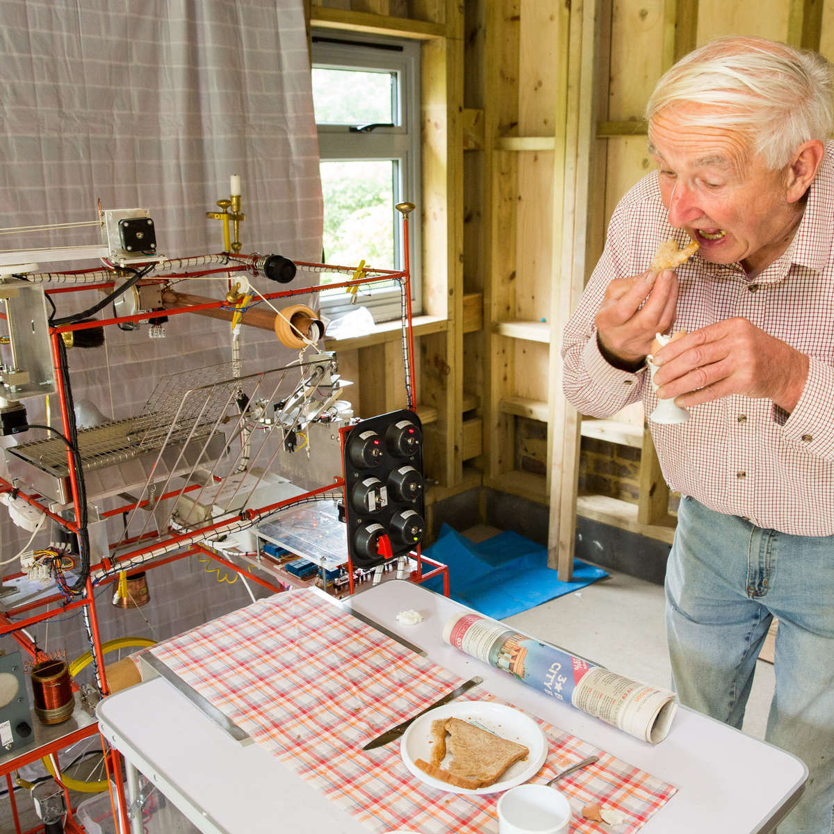 This Real Life Version Of The Wallace And Gromit Breakfast Machine Is Incredible wallace1