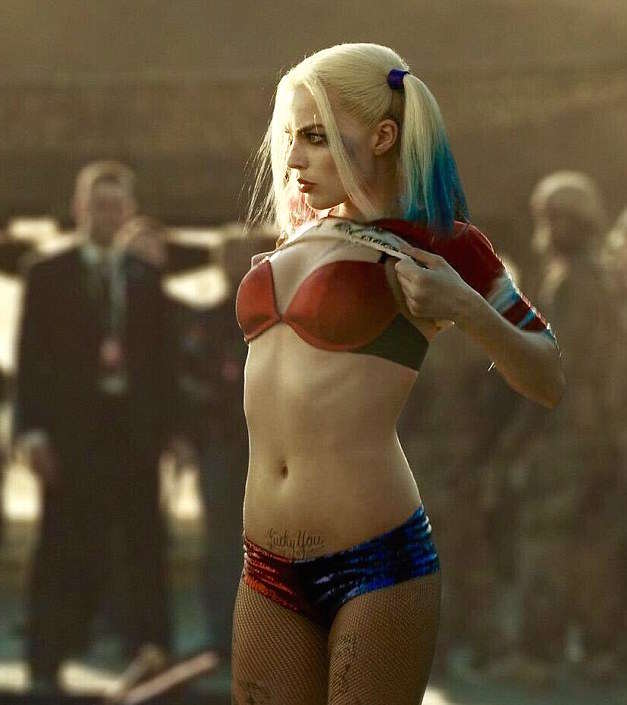 The Mystery Of Harley Quinns Magical Shrinking Shorts 36CC9D9900000578 3719438 image a 3 1470125403514 1