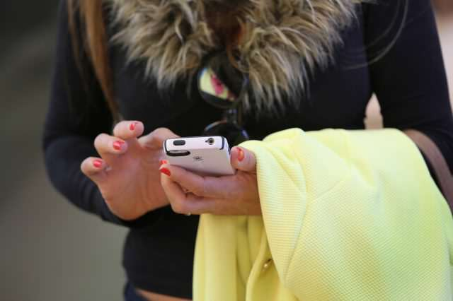 A Lot More People Are Seeing Your Sexts Than You Realise GettyImages 486084211 640x426
