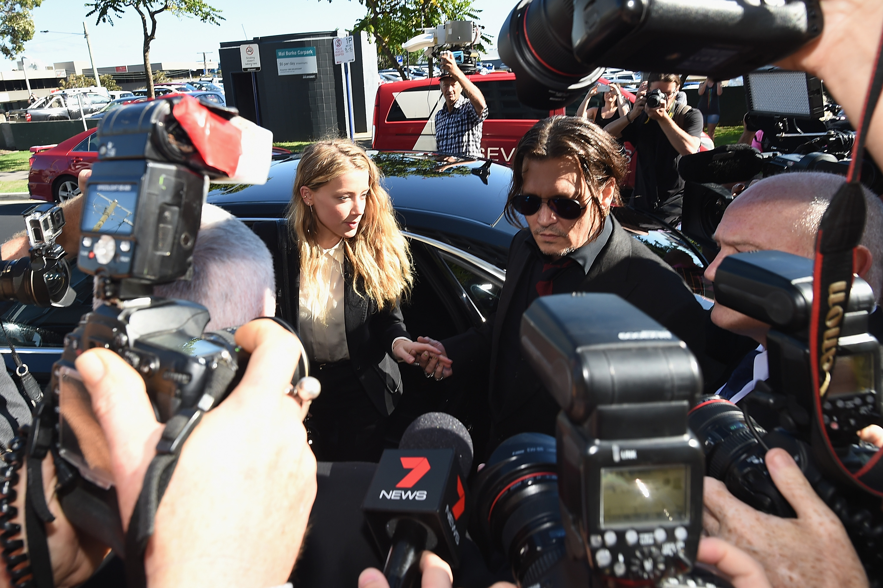 Amber Heard And Johnny Depp Make Huge Announcement In Divorce Case GettyImages 521956412