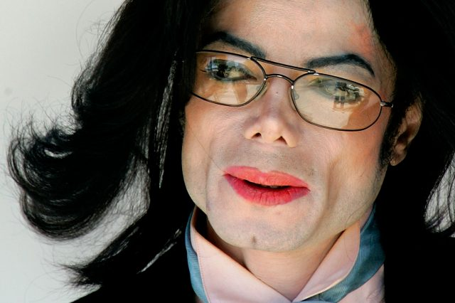 Michael Jacksons Doctor Makes Serious Allegations About Stars Family GettyImages 52604417 640x426