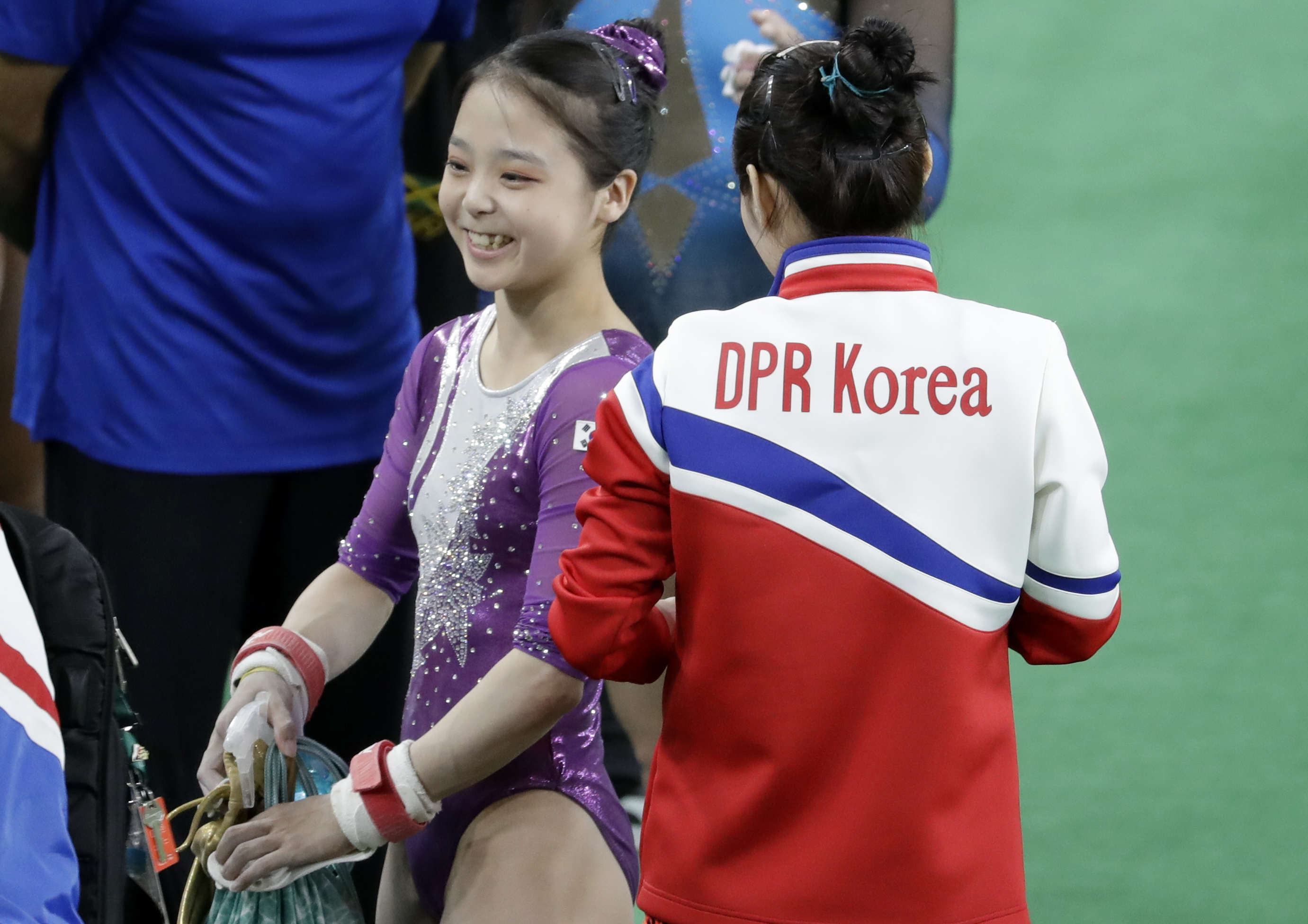 Olympics Brings North And South Korean Athletes Together For Iconic Selfie PA 28261525