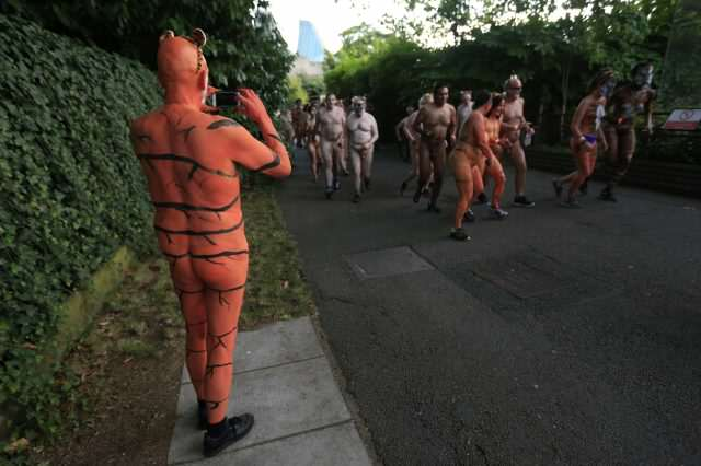 These People Just Ran Naked Through London Zoo For Incredible Reason PA 28319367 640x426