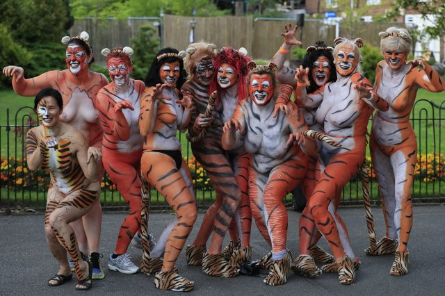 These People Just Ran Naked Through London Zoo For Incredible Reason PA 28319369 640x426