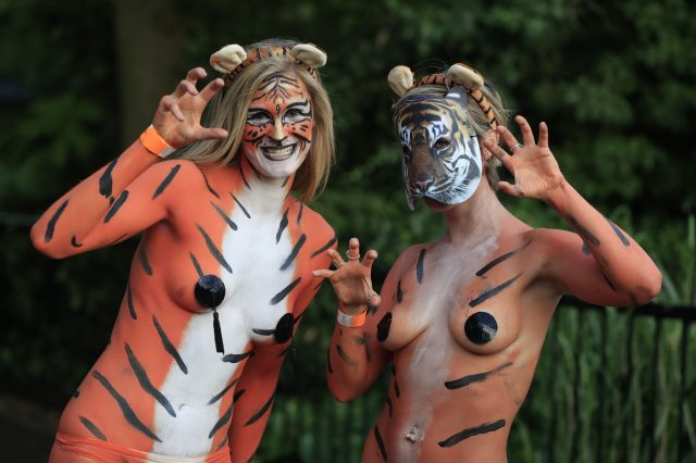 These People Just Ran Naked Through London Zoo For Incredible Reason PA 28324233 640x426