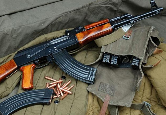 You Can Now Pick Up An AK 47 At This Russian Airport ak 47 featured