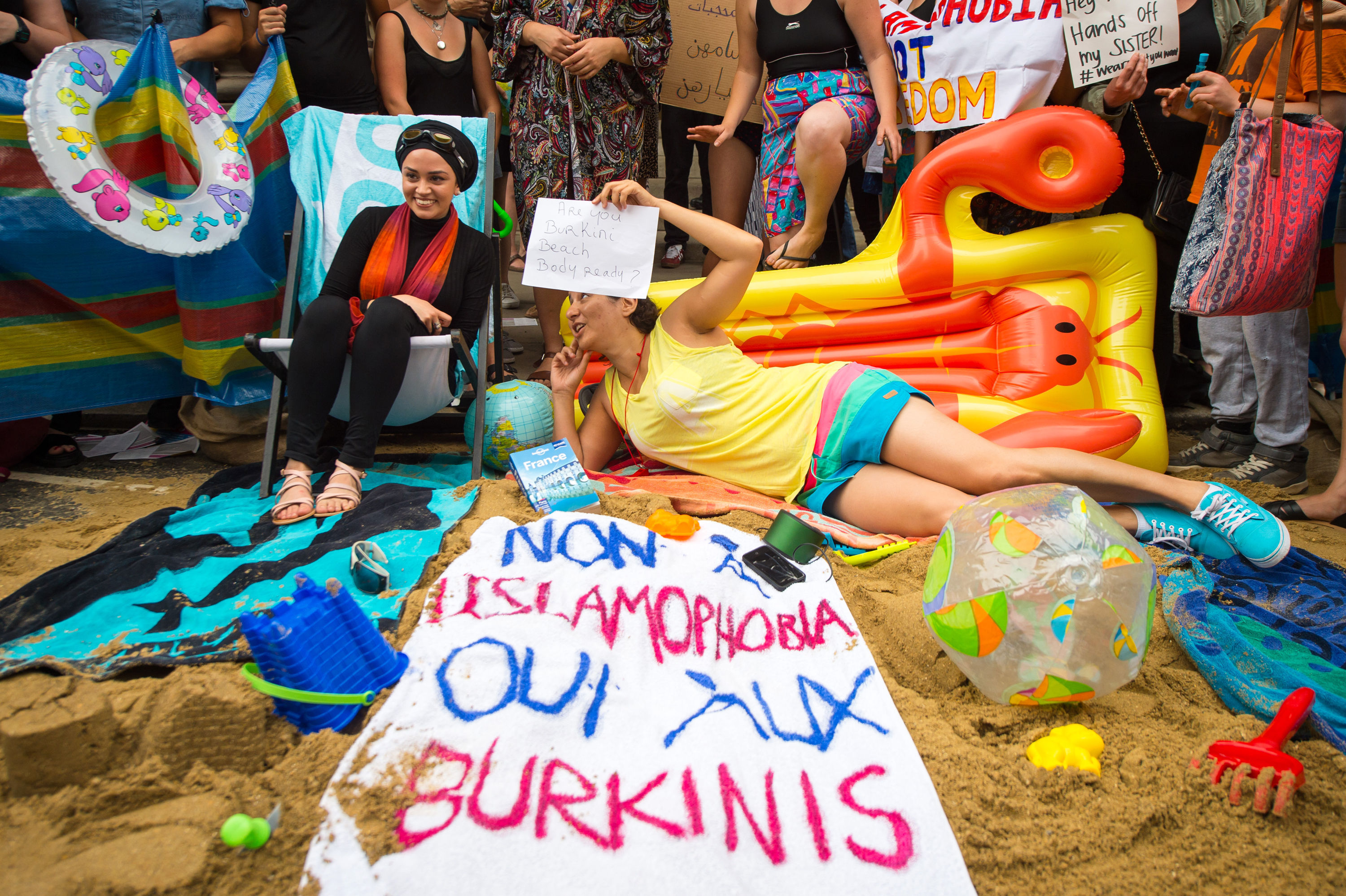 Frances Burkini Ban Is Illegal According To Their Own High Court burkini3