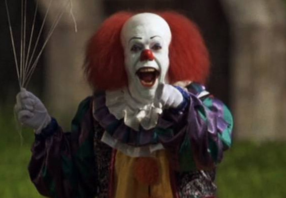 Police Investigating Clown Seen Trying To Lure Children Into Woods clown featured