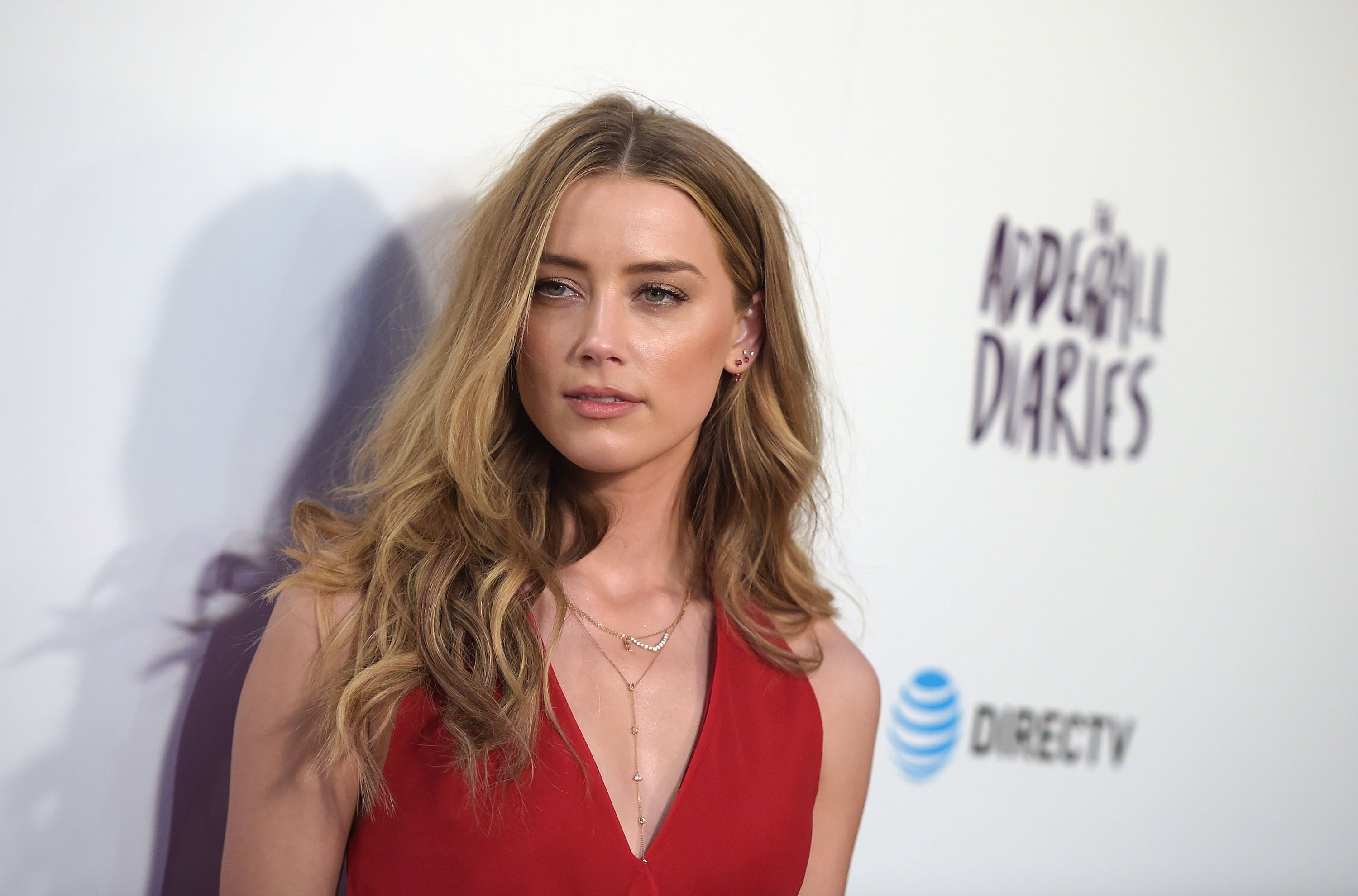 Pics Show Message Johnny Depp Wrote To Amber Heard In His Own Blood heard