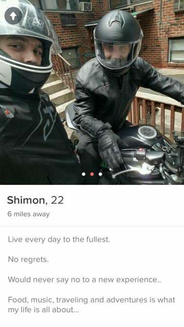 Things Got Awkward When This Girl Matched With Two Friends On Tinder imgur42