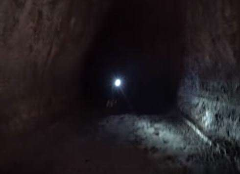 Explorers Make Unbelievable Discovery In Cave Deep Underground lost girl 2