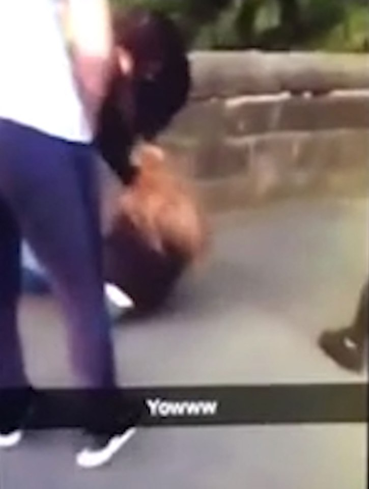Brutal Snapchat Footage Shows Girl Beaten By Other Girls For No Reason nintchdbpict000260344575