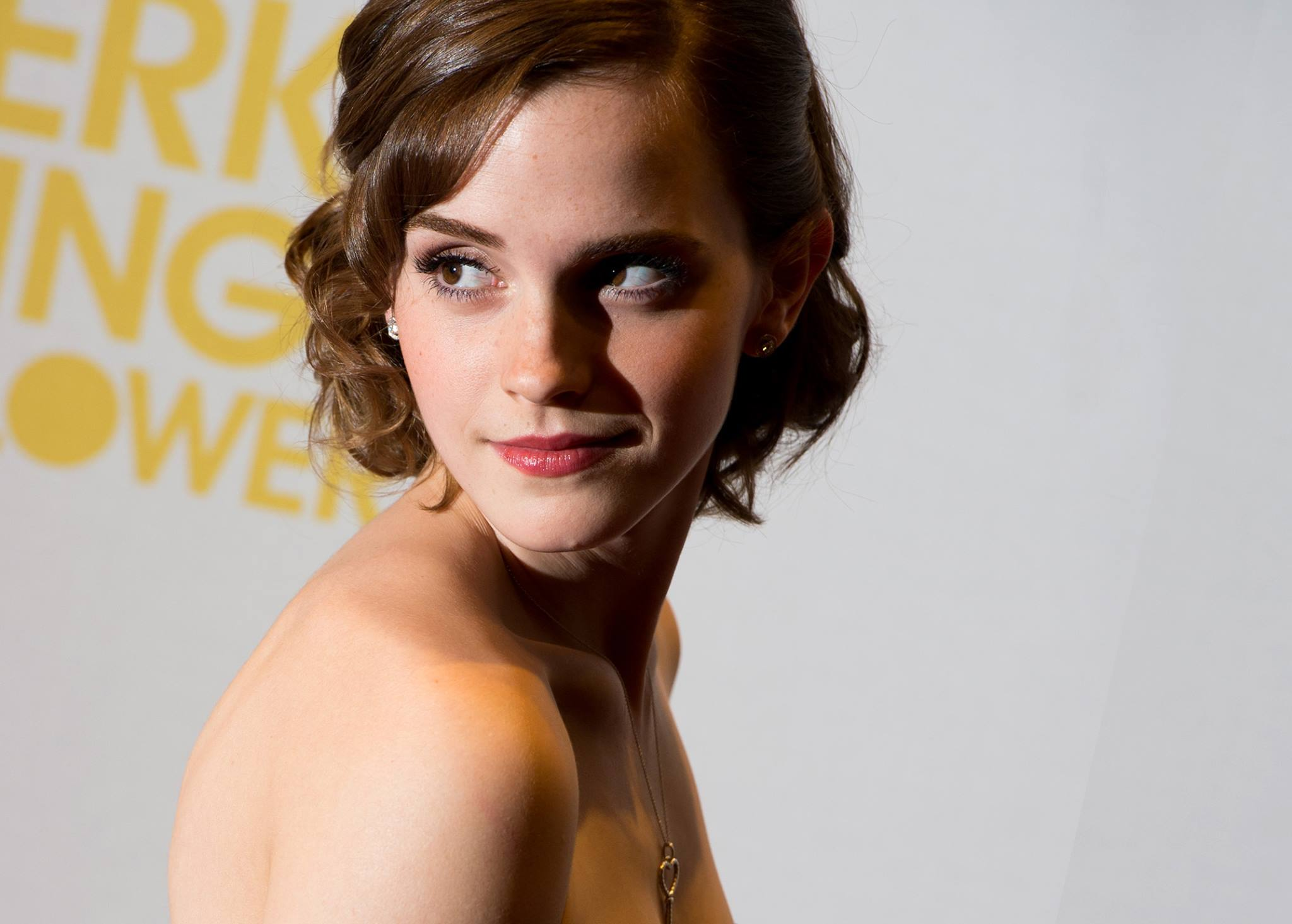 Emma Watson Breasts And Nipples Pics Surface Online, Lawyers Not Happy 14393341 10157582985885604 1662180080 o