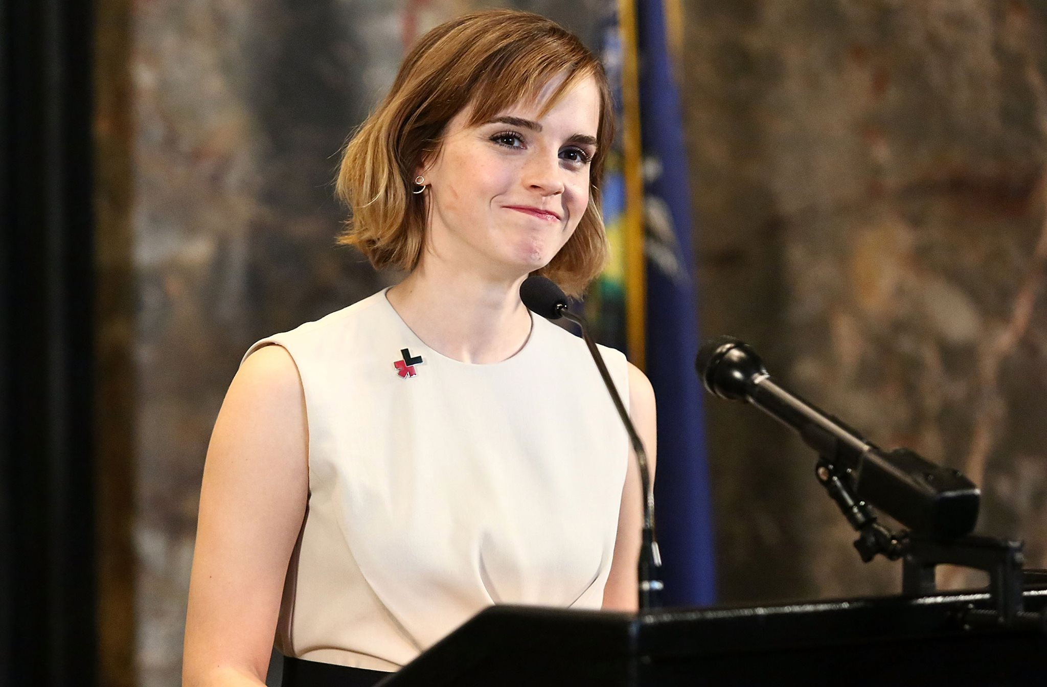 Emma Watson Breasts And Nipples Pics Surface Online, Lawyers Not Happy 14393981 10157582987335604 1031011161 o