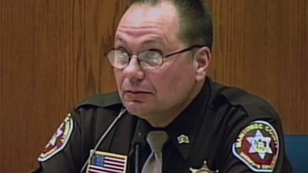 Making A Murderer Cop Responds To Accusations He Planted Evidence 1452816608181