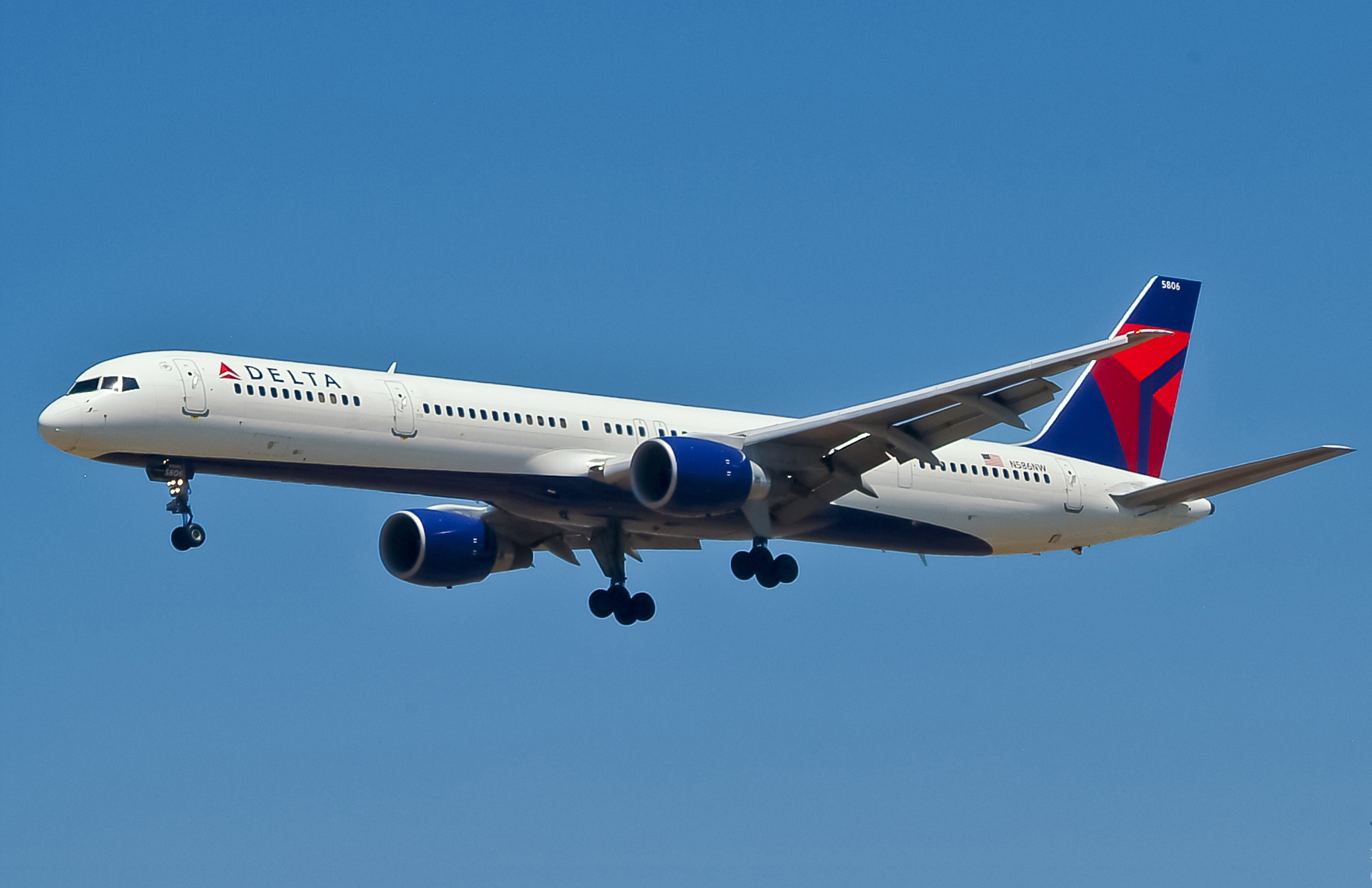 How F 16 Fighter Pilot Tried To Stop 9/11 By Sacrificing Her Own Life Delta Air Lines B757 351 N586NW LAX