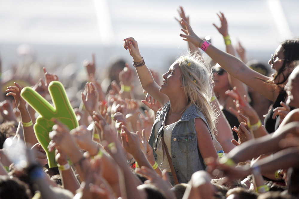 This Company Wants To Pay You £10k To Travel Around Britain Future Music Festival 2013 8541725920