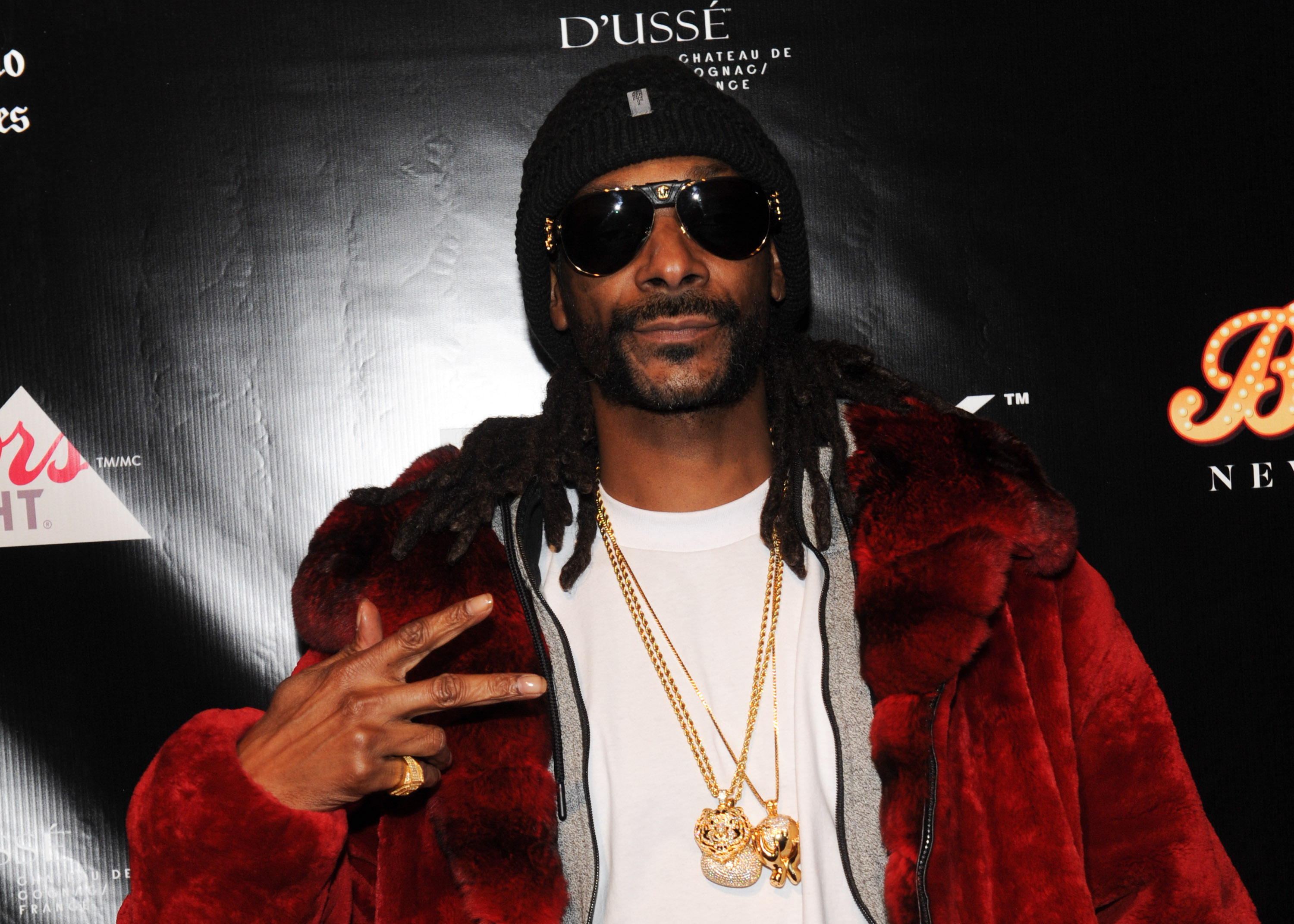 Woman Gets Random Voicemail From Snoop Dogg, Things Quickly Turn Heated GettyImages 510092162