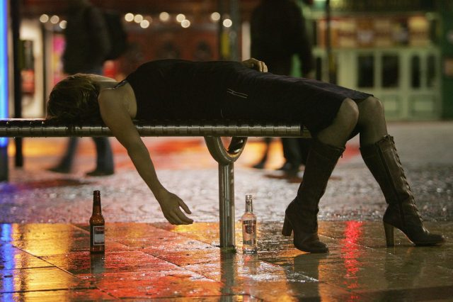 Drinkaware Teams Up With UNILAD For Freshers Week Safety Tips GettyImages 55937249 640x426