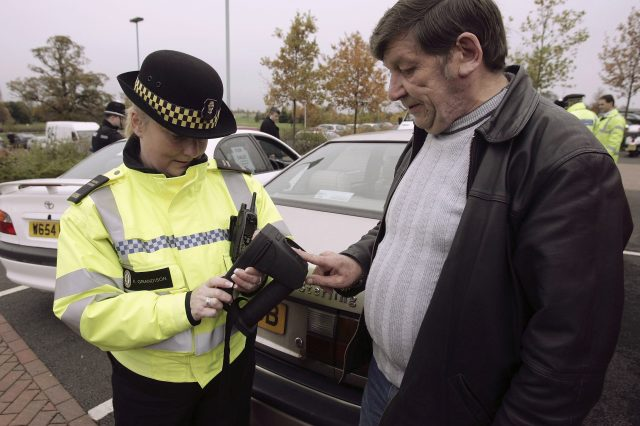 Police Across The UK Operate Portable Fingerprint Device
