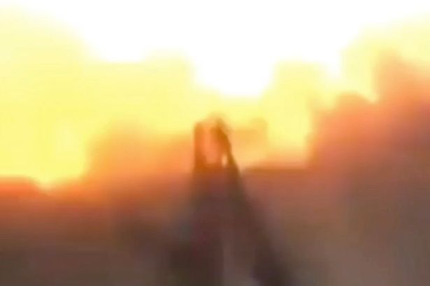 Syrian Rebel Accidentally Blows Himself Up While Taking Selfie Syrian rebel accidentally blows himself up by taking a selfie 1