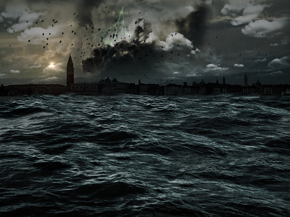 BREAKING: The World Is Going To End Next Year Apparently apocalypse 411927 960 720