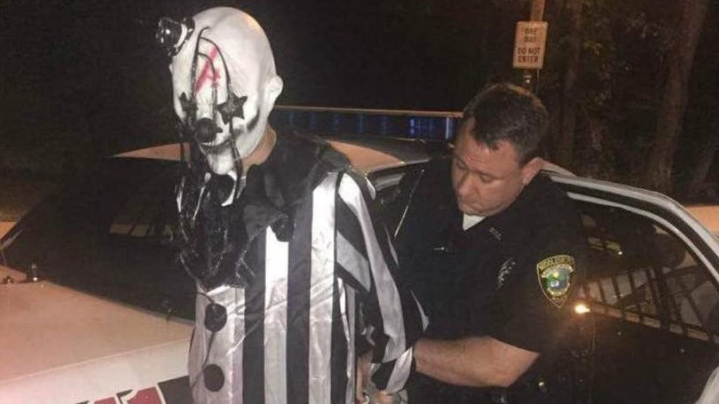 Police Finally Unmask A Creepy Clown Hiding In Woods creepy clown arrest MIDDLESBORO POLICE 4DEPARTMENT