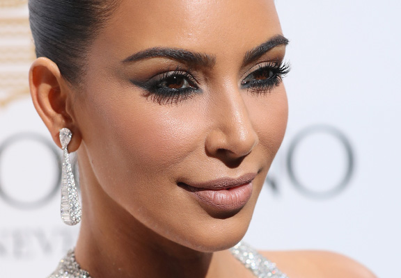 Heres Ridiculous Amount D List Celebrities Are Making On Social Media kim k featured