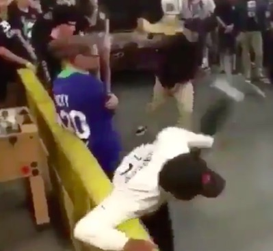 Guy Loses It In Mosh Pit And Starts Savagely Beating Everyone mosh1