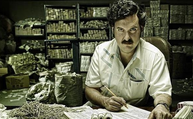 Heres How Much Pablo Escobar Spent On Elastic Bands For His Cash narcosecobar