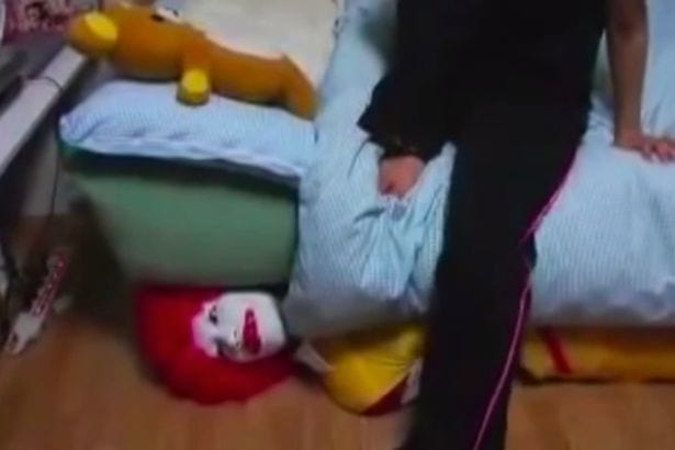Is This Creepy McDonalds Advert To Blame For Killer Clown Craze? 12558UNILAD imageoptim Alleged McDonalds creepy clown advert