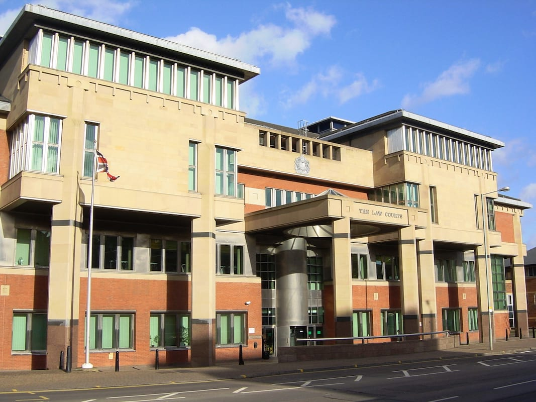 Man Shook Baby To Death After Finding Out He Wasnt The Father 17707UNILAD imageoptim Sheffield Law Courts