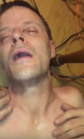 This Kid Facebook Live Streamed His Parents Overdosing On Heroin 20343UNILAD imageoptim heroin 2