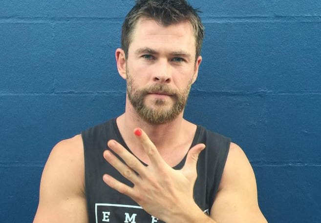 This Is Why Actors Are Painting Their Nails In Solidarity For A Social Campaign 2129UNILAD imageoptim Polished Man WEB