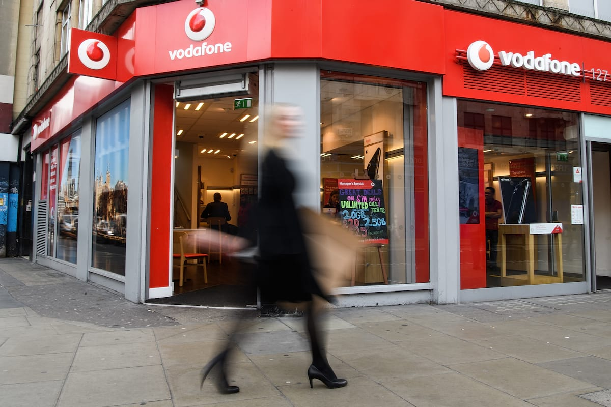 Vodafone Customers Urged To Check Their Bills For Mistakes After Company Gets Fined £4.6m 25783UNILAD imageoptim GettyImages 618282190