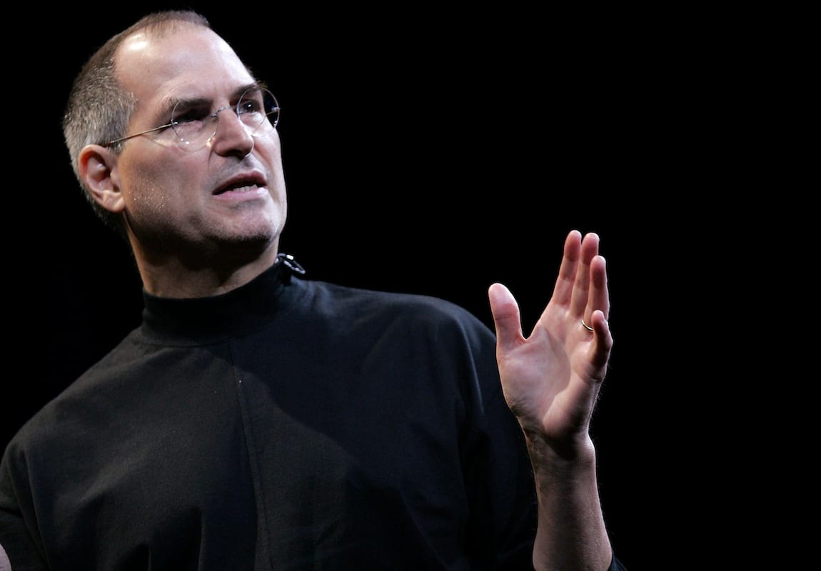 This Is Steve Jobs Guide To Manipulating People And Getting What You Want 3215UNILAD imageoptim jobs3