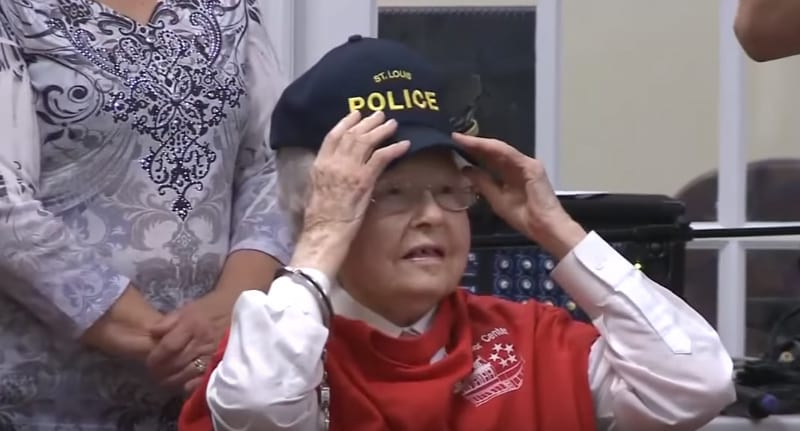 102 Year Old Woman Gets Arrested Completing Insane Bucket List 36144UNILAD imageoptim BucketListPoliceWEB