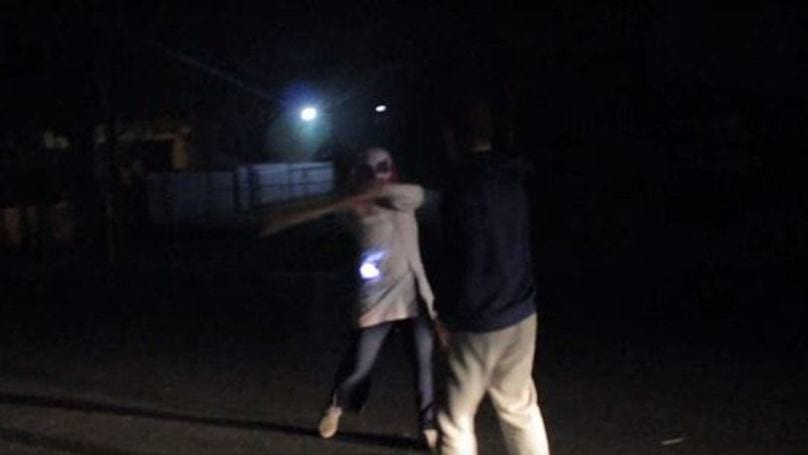 Killer Clown Hits Teen In Face With Wooden Plank, Gets Run Over 39328UNILAD imageoptim 4a6ee090580b160e8105bc1876b887f8