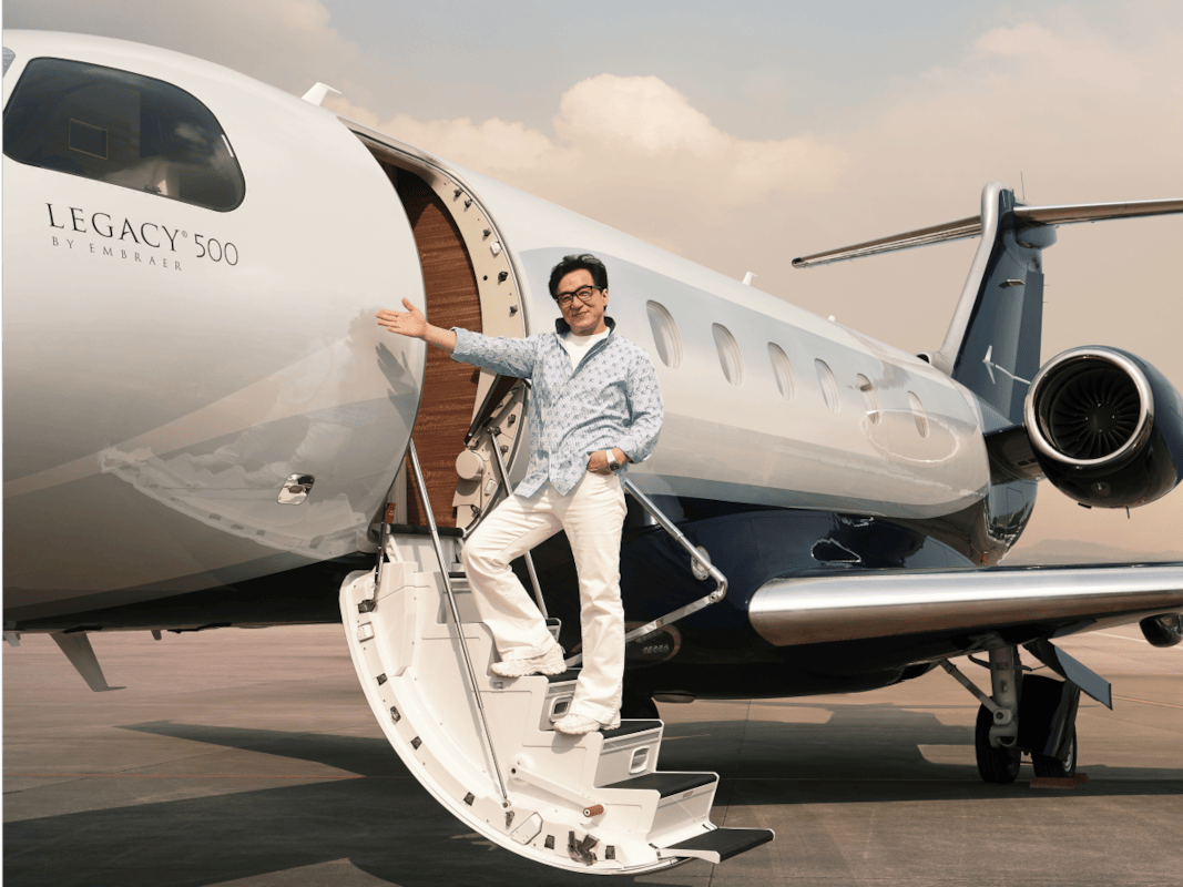 Jackie Chan Has An Absolutely Amazing New Private Jet 45705UNILAD imageoptim with the legacy 500 jackie gets a more advanced jet than his current 650