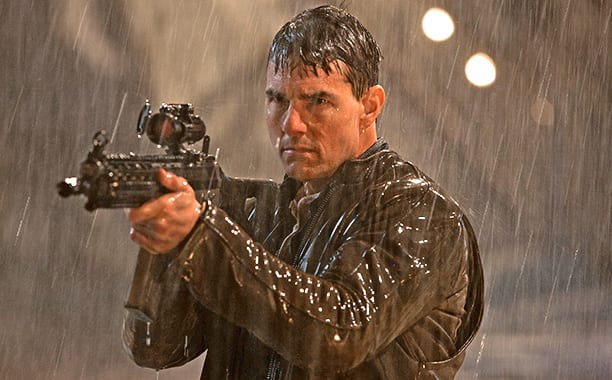 10 Crazy Ways That Jack Reacher Has Hurt His Enemies 48208UNILAD imageoptim jack reacher