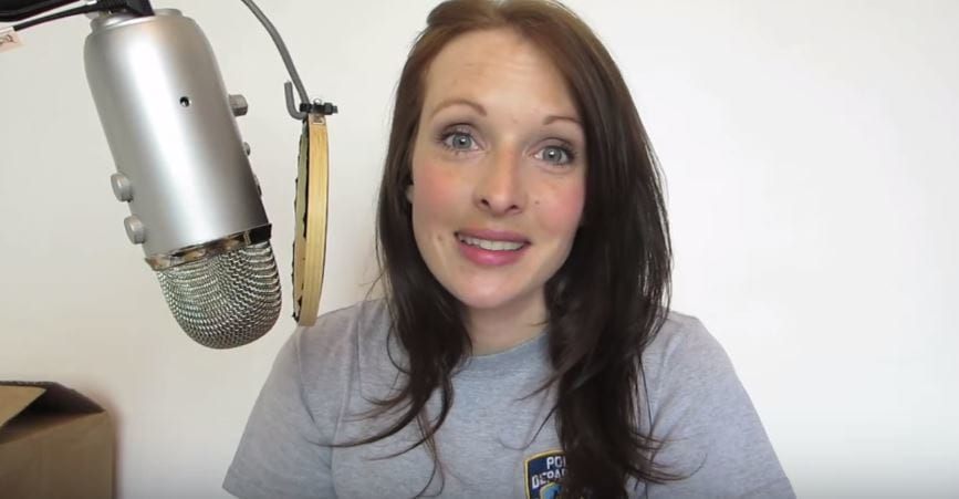 This YouTuber Gained Massive Following For Her Head Orgasm Videos 48282UNILAD imageoptim YouTubeWhisperer3