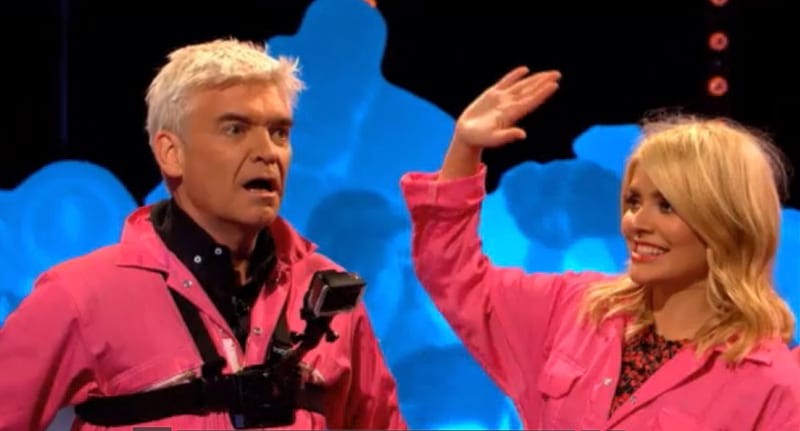 Holly Willoughby Shares X Rated Snap With Phillip Schofield On TV 49789UNILAD imageoptim HollyandPhilNSFW