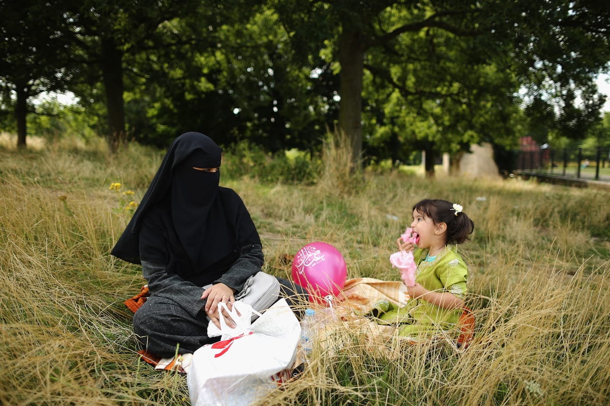 We Asked Muslim Women What They Really Think About Wearing The Burqa 5035UNILAD imageoptim GettyImages 175782108