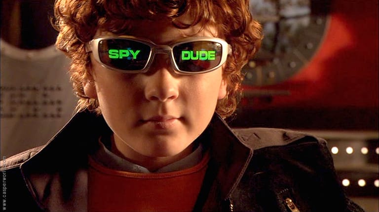 Star Of Spy Kids Now Has A Very Unexpected A List Girlfriend 54594UNILAD imageoptim 768full spy kids 2253A the island of lost dreams photo