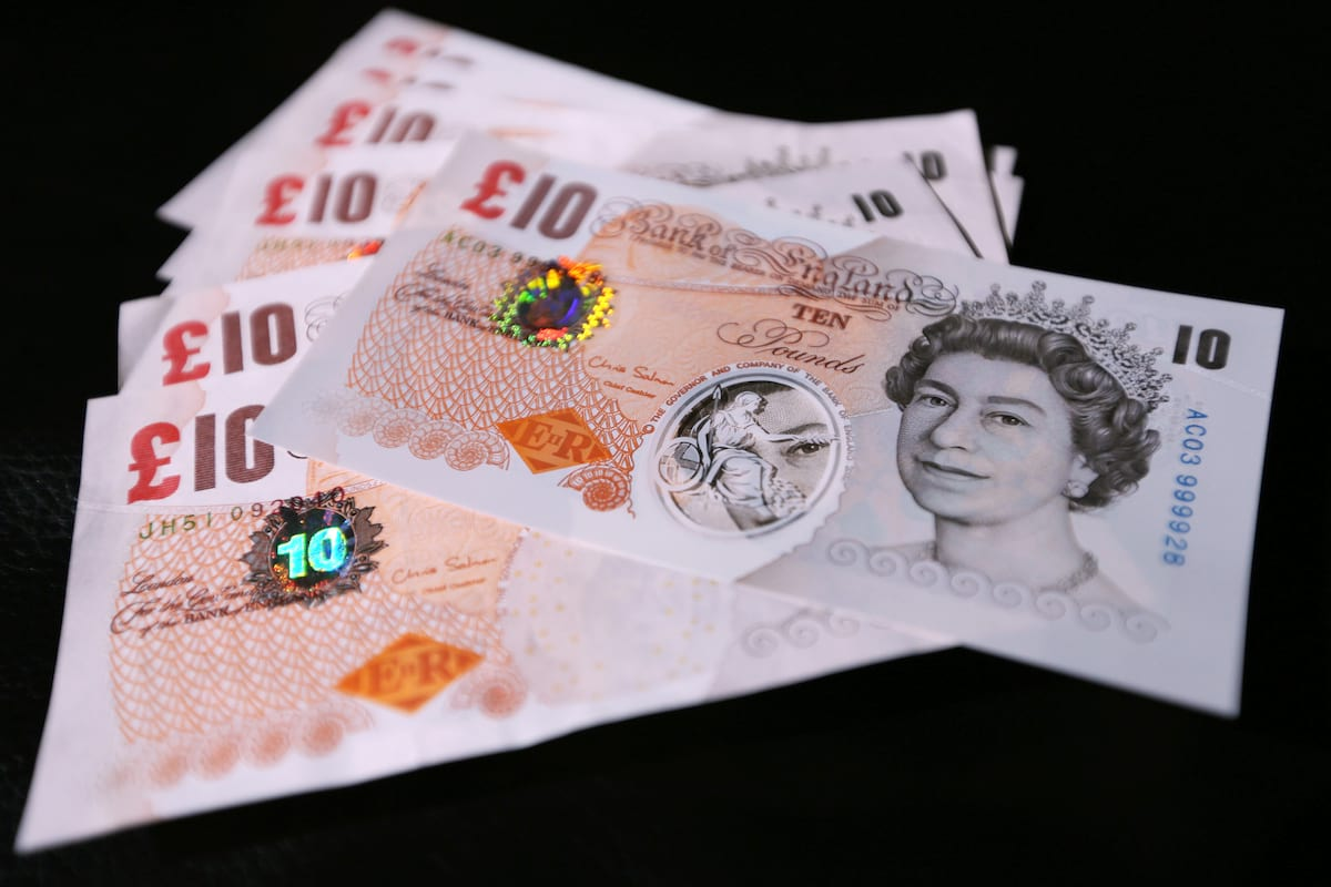Heres What The New Plastic Ten Pound Note Will Look Like 64709UNILAD imageoptim PA 17555533
