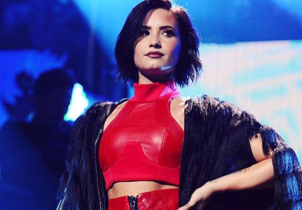 Demi Lovato Speaks Out For First Time Since Overdose 8724UNILAD imageoptim DemiLovatoWEB