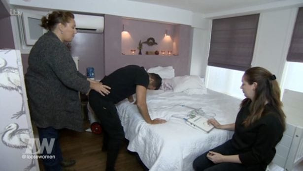 Peter Andre Screams In Agony As He Gives Birth On TV 9538UNILAD imageoptim andre2