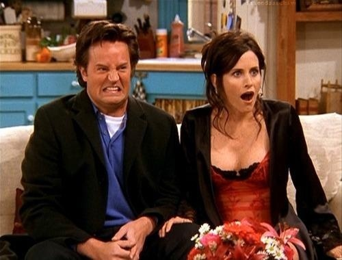 Heres How Much Chandler And Monicas Apartment In Friends Really Costs lovefacts