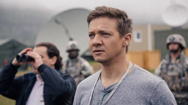 The Arrival Of A Sci Fi Worth Watching 18492UNILAD imageoptim jeremy renner arrival